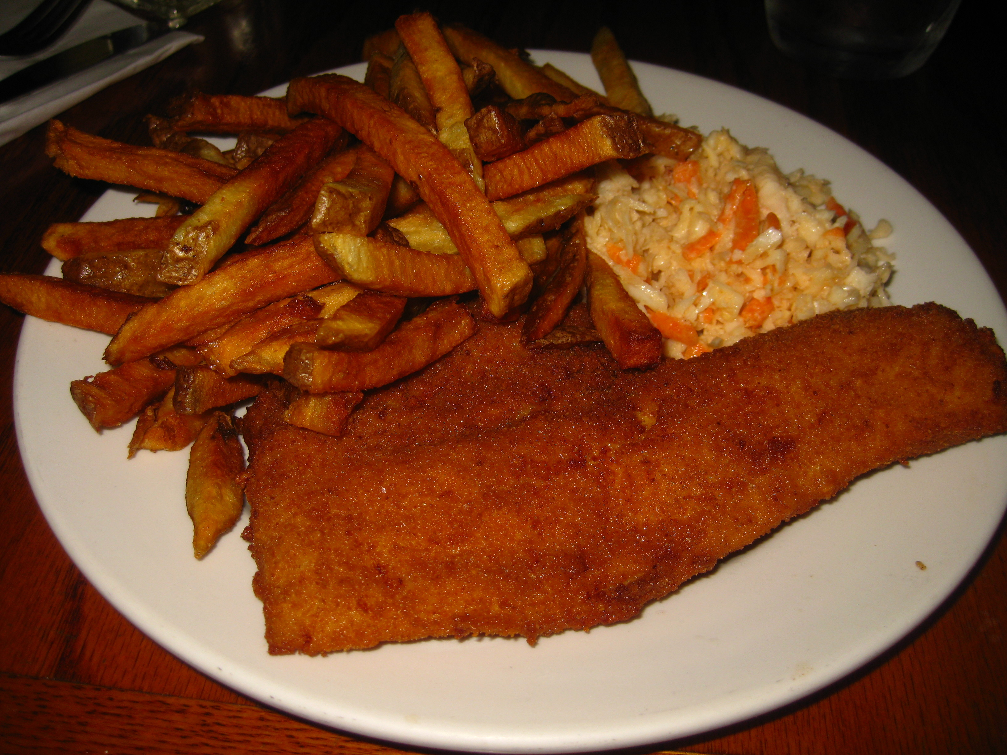 Hfx fish 39 n 39 chips quest phil 39 s seafood eat this town for Shake n bake fish